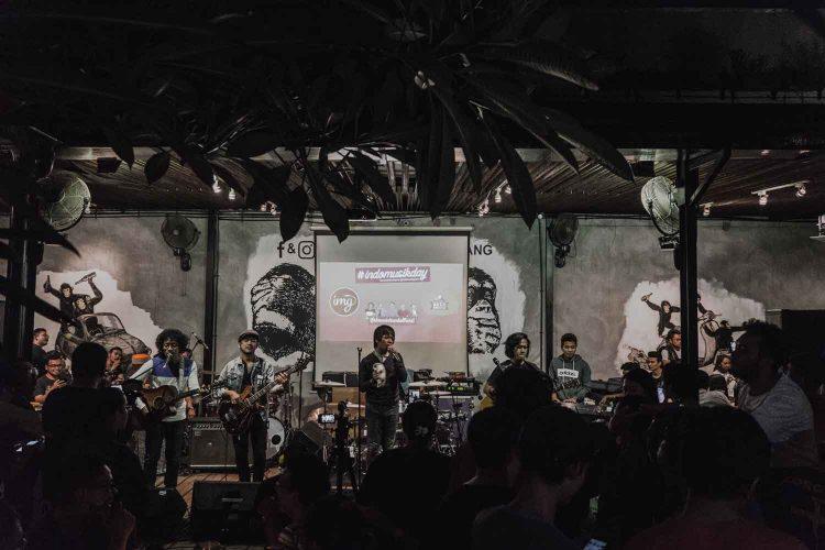 Aksi panggung D'Masiv di sebuah acara | Foto: Fanpage D'Masiv