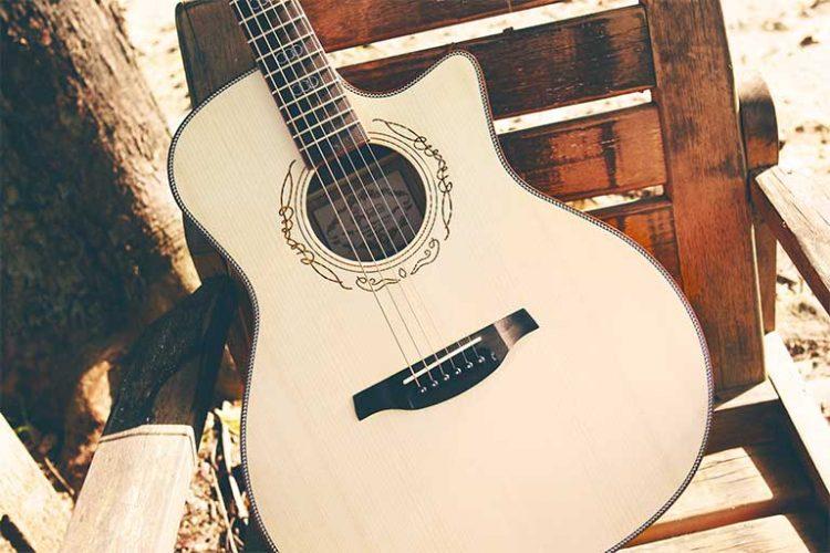 Gitar fals - Pexels